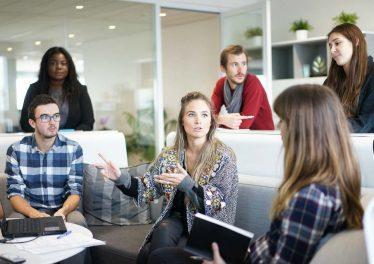 Sådan holder du medarbejdere glade uden lønstigninger